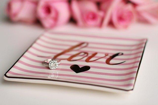 prsten, mistička, love