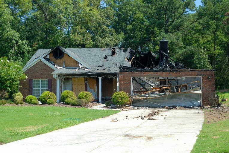 zničený dům.jpg